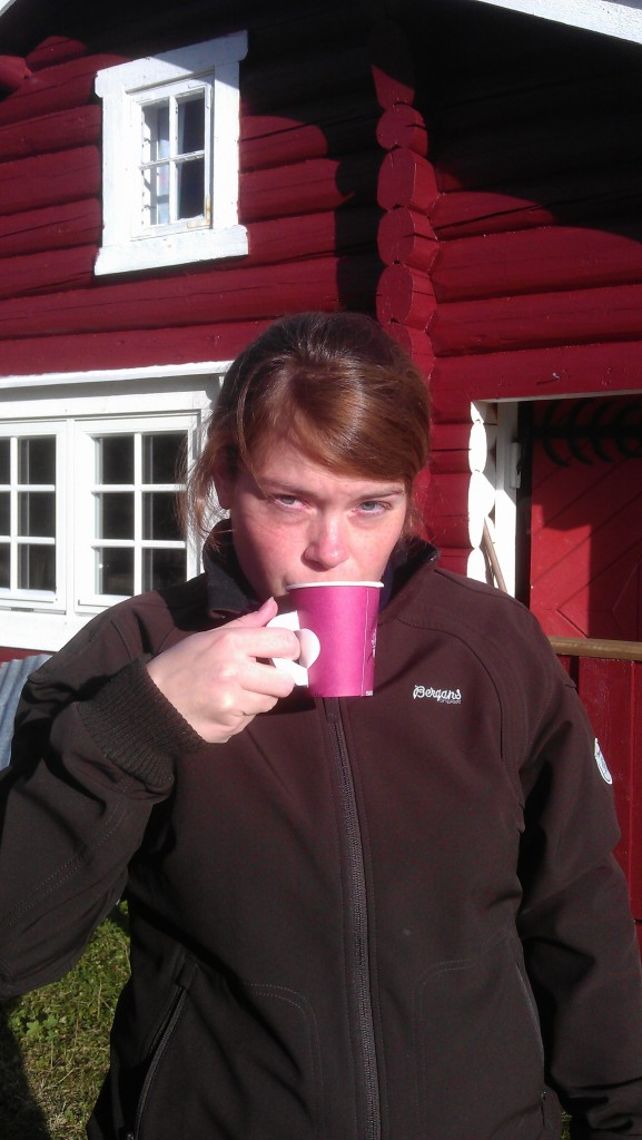 Kaffe mens grillen ble varm