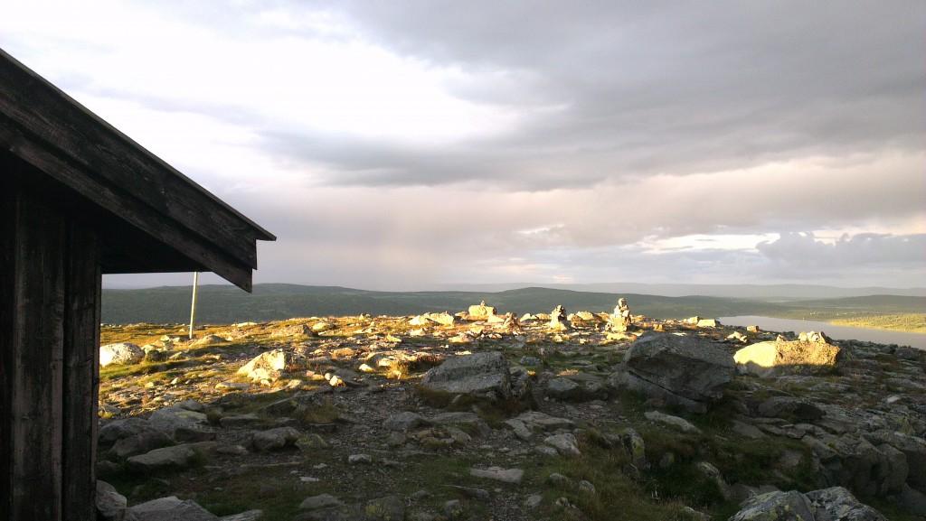 Utsikt fra hytta på toppen av Nevelfjell